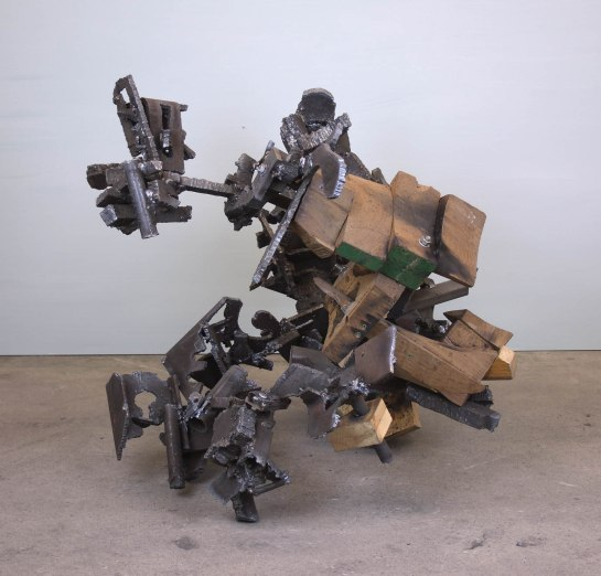 untitled 2018 H.84cm steel wood