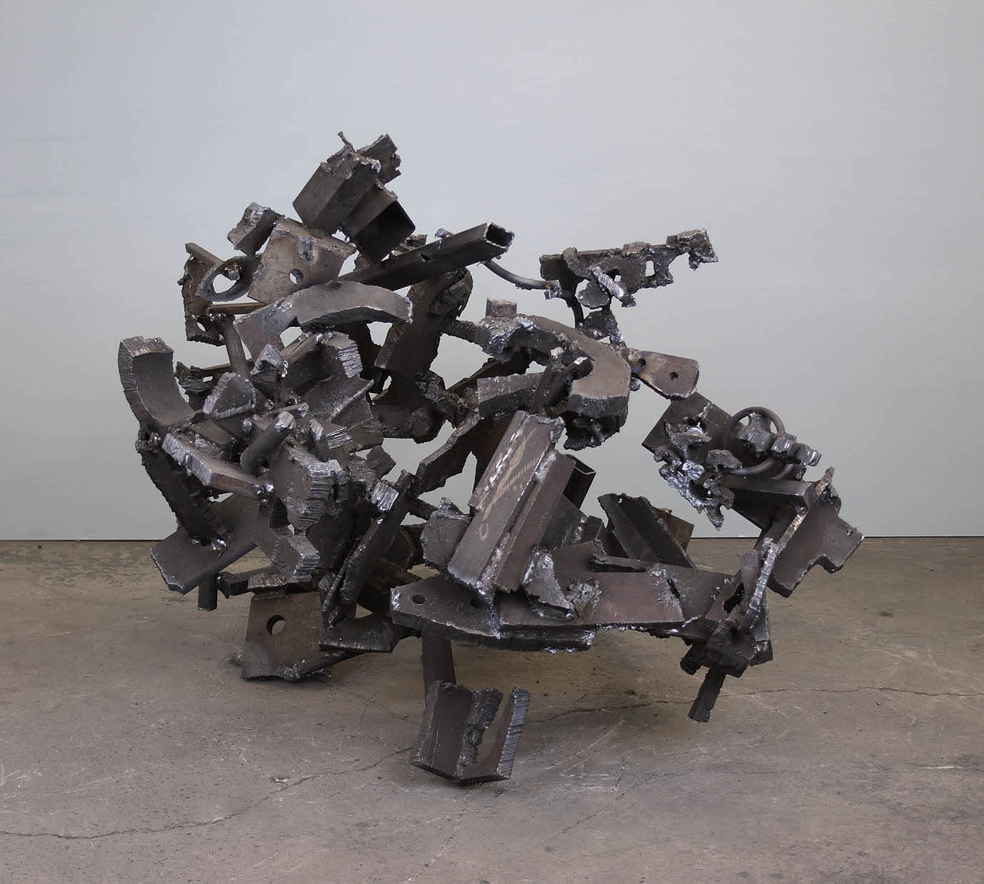 untitled 2018 H.86cm steel