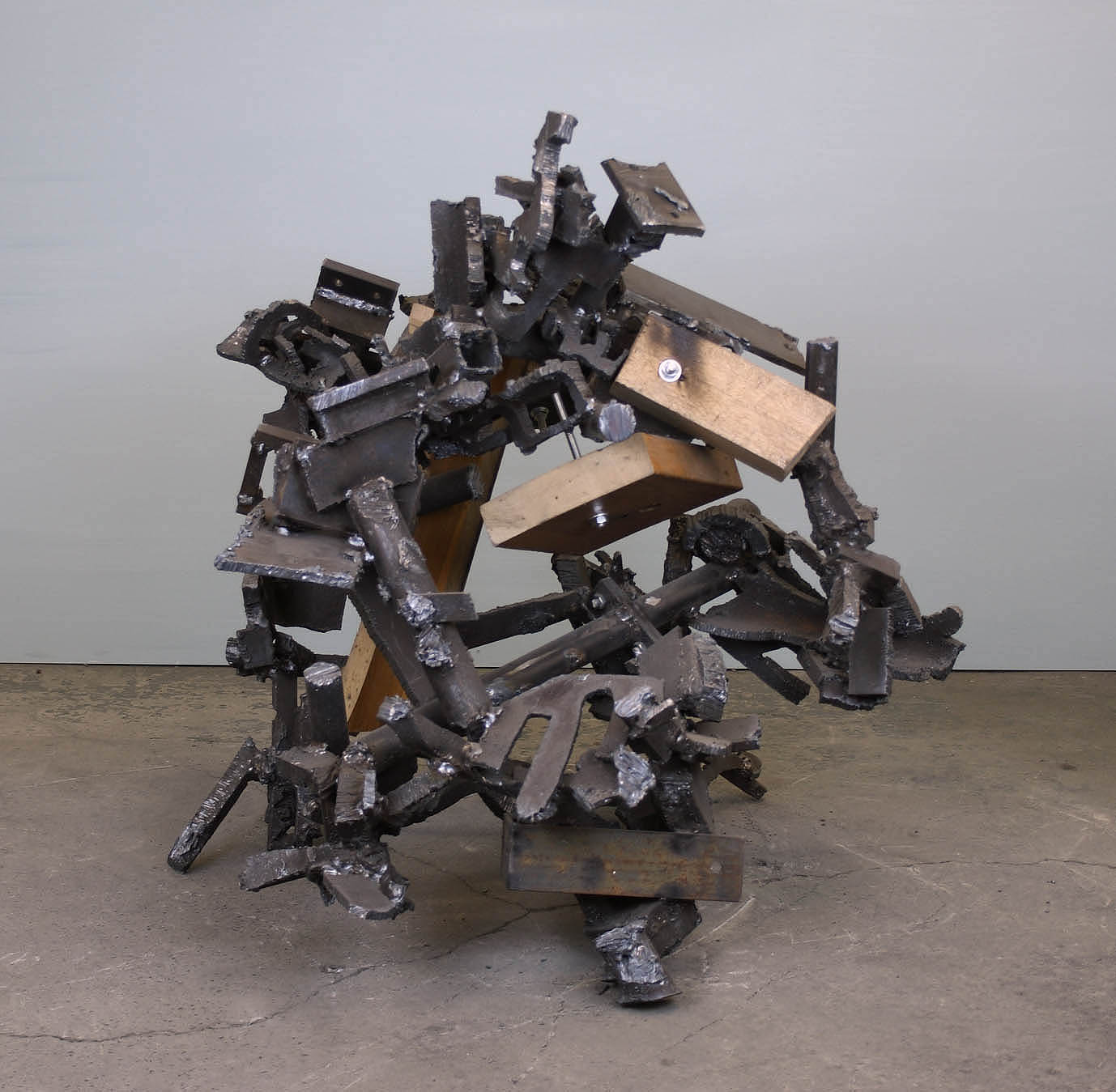 untitled 2018 H.90cm steel wood