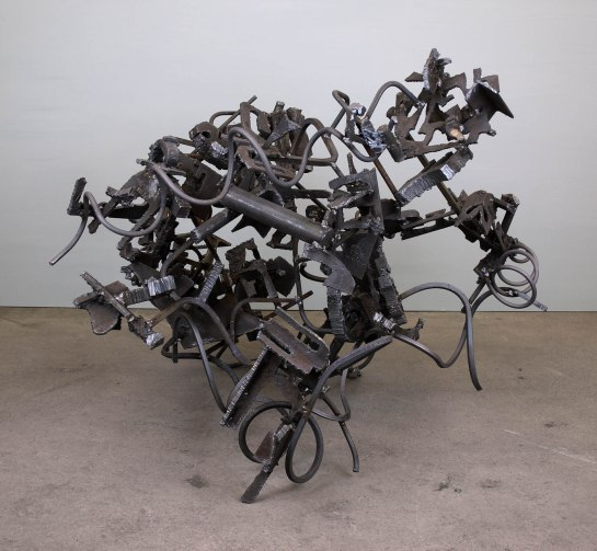 untitled 2018 H.93cm steel